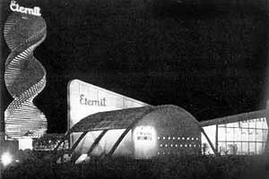 Pavilhão da Eternit na Exposição do IV Centenário de São Paulo no Parque do Ibirapuera, 1954 [Fantasia Brasileira – o balé do IV Centenário. São Paulo, SESC, 1998]