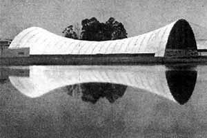Pavilhão do Rio Grande do Sul na Exposição do IV Centenário de São Paulo no Parque do Ibirapuera, 1954 [Fantasia Brasileira – o balé do IV Centenário. São Paulo, SESC, 1998]