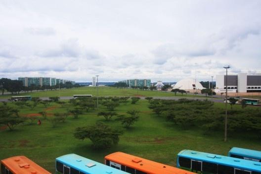 A Rodoviária de Brasília e a Esplanada do Ministérios <br />Foto Ana Altberg
