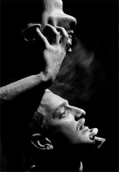 Experiência surrealista com colegas da Poli. São Paulo/SP, 1947 <br />Foto Thomaz Farkas  [Acervo Instituto Moreira Salles]