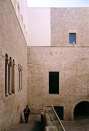 Museu Picasso, pátio<br />Foto: Institut Amatller d'Art Hispànic / Arxius MAS / Arxiu Fotogràfic Municipal