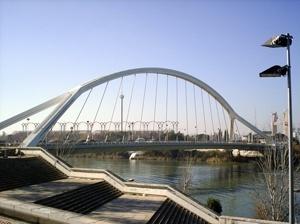 Ponte de La Barqueta, visão lateral<br />Foto Vera Hazan