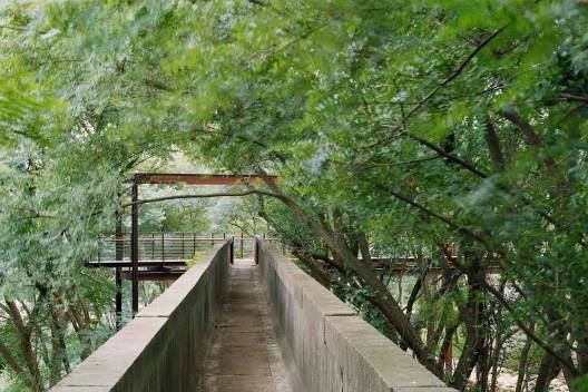 Parque da Juventude, São Paulo, 2007. Paisagismo de Rosa Grena Kliass<br />Foto Abilio Guerra
