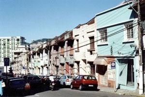 O conjunto das 14 casas da Astrogildo de Azevedo no final dos anos 90<br />Foto Andrey Schlee, 1998
