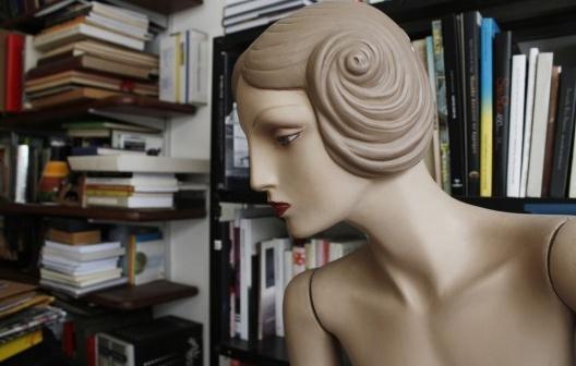 En la biblioteca. São Paulo, 2010<br />Foto Boris Kossoy