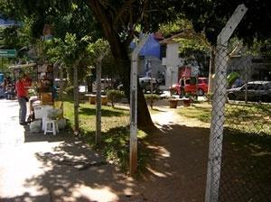 Cruzamento da rua Cunha Gago com avenida Brigadeiro Faria Lima - É usada, quase que exclusivamente, para cortar caminho