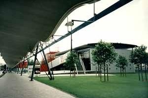 Parque La Villette, Paris, França. Arquiteto Bernard Tschumi<br />Foto A. Guerra