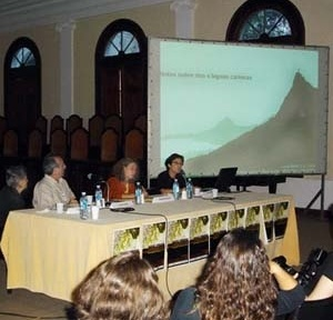 Mesa redonda 6, com Rosa Kliass, Eduardo Barra, Saide Kahtouni e Lucia Costa