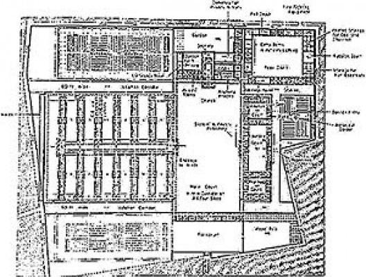 Figure 7 – Plan d'un hôpital de malades et de femmes enceintes (1200 lits), par Tenon et Poyet [Tenon, J.. Mémoires sur les hôpitaux de Paris, Paris, Assistance Publique-Hôpitaux de Pari]