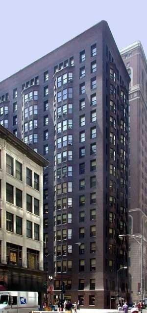 Ala norte do Monadnock Building, na esquina de Dearborn Street e Jackson Boulevard.  [Graham, Anderson, Probst and White <www.gapw.com>]
