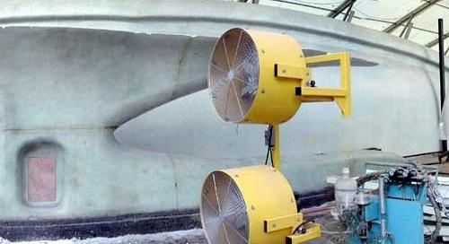 Fluid Vehicle. Colagem e aplicação do revestimento final. NIO Architecten