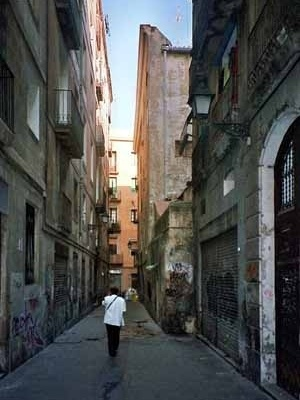 Vista del barrio barcelonés Ciutat Vella<br />Foto do autor (junho 2004)
