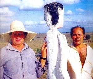 """Foto do artista """"Veio""""  [catálogo de exposição organizado pela artista plástica Hortência Barreto]"""
