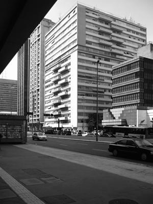 Edifício Lauro Cardozo de Almeida, Arq. Abelardo de Souza, Avenida Paulista esquina Hadock Lobbo<br />Foto LEG