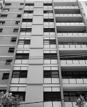 Edifício Marcos Wasserman, Arq. Daniel Lafer, Rua Pamplona<br />Foto LEG