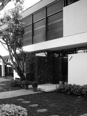 Residência José Locchi, Arq. José Pinto, Rua José Diógenes Ribeiro de Lima<br />Foto LEG