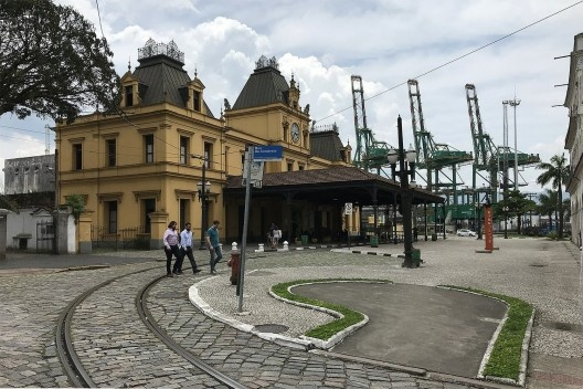 Complexo ferroviário, Santos<br />Foto Antonio Zagato  [Acervo UPPH/SEC/SP]