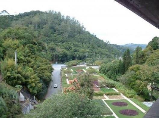 Hering Matriz. Terraço jardim com projeto paisagístico de Roberto Burle Marx. Blumenau, 1968-1975