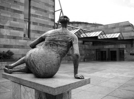 Neue Staatsgalerie, Stuttgart, 1984, arquiteto James Stirling<br />Foto Cleusa de Castro