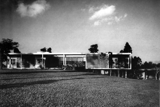 Residência do Arquiteto, Bairro Morumbi, São Paulo SP, 1951. Arquiteto Oswaldo Arthur Bratke<br />Foto Acervo Oswaldo Bratke