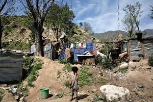 Assentamento irregular na periferia metropolitana, Estado do México