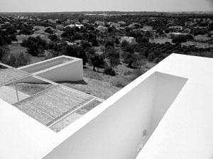 Casa em Boliqueime, Loulé. Ricardo Bak Gordon, 2002
