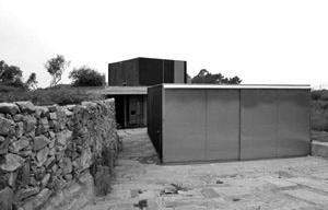 Casa em Afife. Nuno Brandão Costa, 2001-2004