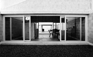 Casa em Santa Vitória, Beja. Rui Mendes, 2001-2003