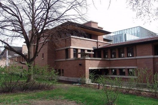Figuras 6 – Frank Lloyd Wright, Casa Robie, Chicago, 1907-09<br />Foto Lykantrop  [Wikimedia Commons]