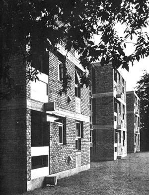 Apartamentos em Ham Common, Londres, 1957. Stirling & Gowan