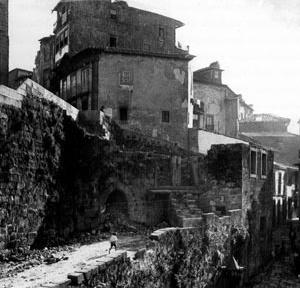 Fig. 14 - Ruína da Casa do 24 [Arquivo Histórico Municipal do Porto – Casa do Infante]