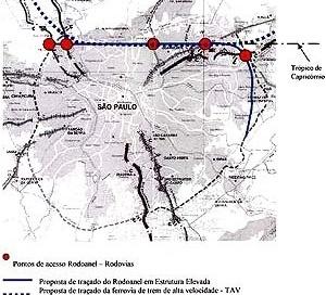 """O mapa mostra uma das hipóteses de traçado, """"forçando"""" a passagem da estrutura elevada coincidindo com o trópico do capricórnio, e os prováveis pontos de acesso no encontro com as rodovias , da esquerda para a direita, Anhanguera, Bandeirantes, Fernão Dia"""