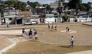 Jardim Imbuias, vista depois da intervenção, arquiteto Paulo Bastos, Guarapiranga, São Paulo