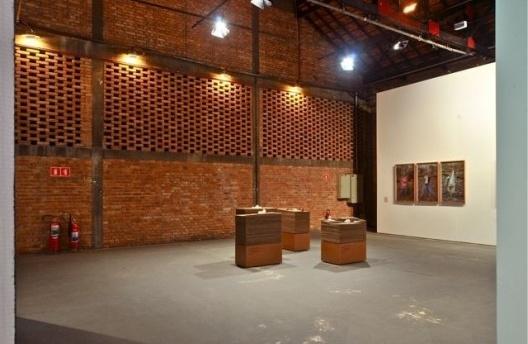 Território de Contato, módulo 1, Cao Guimarães e Brasil Arquitetura. Curadoria Marta Bogéa e Abilio Guerra<br />Foto Juan Guerra