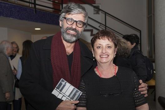 """José Lira e Helena Ayoub, festa de lançamento do livro """"Abrahão Sanovicz, arquiteto"""", IAB/SP, 22 ago. 2017<br />Foto Fabia Mercadante"""