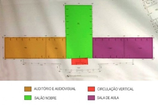 Planta baixa com setorização do segundo pavimento do prédio principal, banner disponibilizado pelo instituto, 2016<br />Foto divulgação