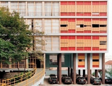 Edifício Louveira, São Paulo. Arquiteto Vilanova Artigas<br />Foto Nelson Kon