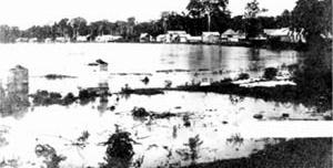 Alagação na Villa Rio Branco, seringal Empreza, 1908 [COSTA, 2002, p.77]