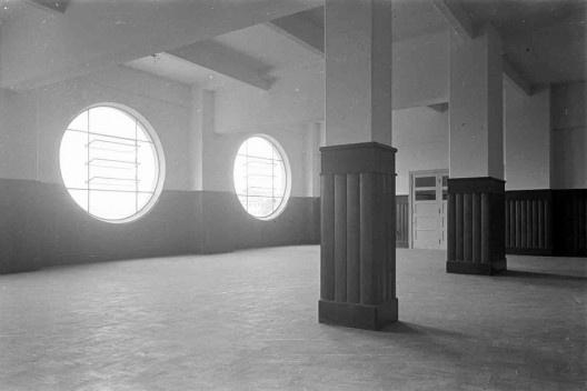 Estádio e complexo poliesportivo do Pacaembu, construção, São Paulo, anos 1940<br />Foto divulgação  [Acervo Casa da Imagem / livro <i>Museu do Futebol</i>]