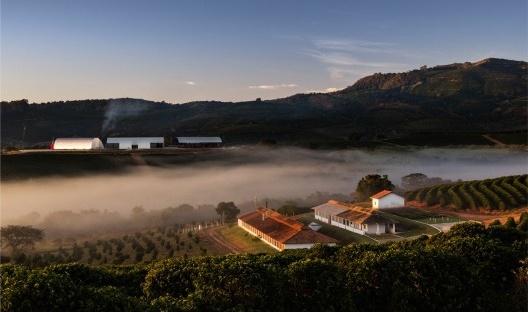 Fazenda Rio Verde, Conceição do Rio Verde MG, 2015<br />Foto Nelson Kon