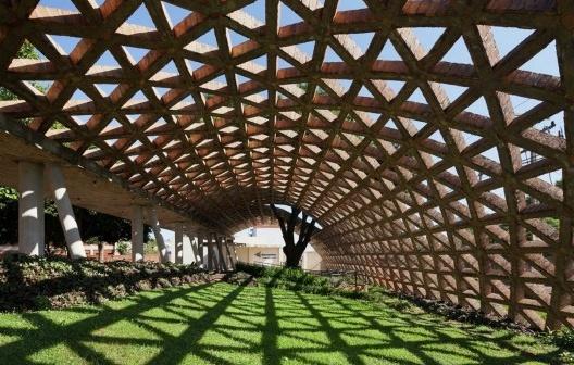 Centro de Reabilitação Infantil Teletón, Paraguai. Arquiteto Solano Benitez<br />Foto divulgação  [website oficial UIA2021RIO]