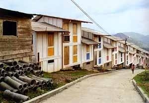 Casas com Bambú, Manizales. Arquiteto Gilberto Gómez Restrepo<br />Foto Roberto Segre