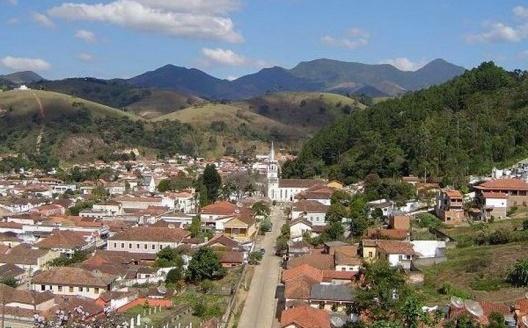 Vista do centro da cidade, Passa Quatro MG<br />Foto A. G. Freitas Junior  [Wikimedia Commons]