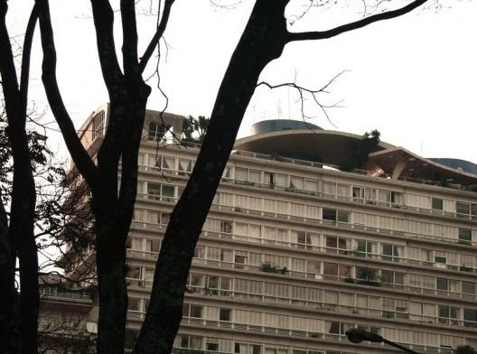 Edifício Bretagne, São Paulo. Arquiteto Artacho Jurado<br />Foto Rodolfo Herrera  [Wikimedia Commons]