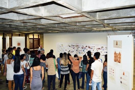 Abertura das exposições Arquitetura Moderna na América Latina e Casas Exumadas, no hall da FAU UFPA<br />Foto Douglas Naegeli