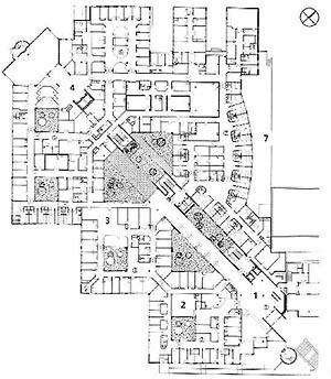 Planta Nivel Térreo, Unidade Mães-Filhos e Urgência Geral, Hospital Norte, Marseille (por Groupe 6, 1991-1996) [FERMAND, C.. Les hôpitaux et les cliniques : architectures de la santé, Paris, Le Moniteur]