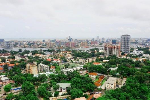 Ikoyi, subúrbio de classe alta, Lagos, Nigéria<br />Foto Reginald Bassey  [Wikimedia Commons]