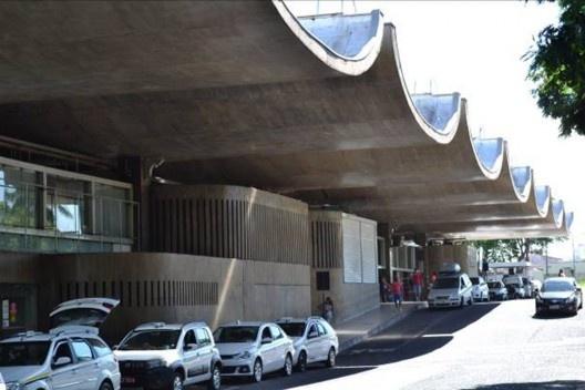 Rodoviária de Uberlândia, 1976. Arquitetos Fernando Graça, Flávio Almada e Ivan Cupertino<br />Foto Diogo Augusto Mondini Pereira