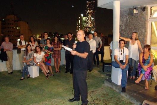 Abilio Guerra discursando<br />Foto Thomas Bussius