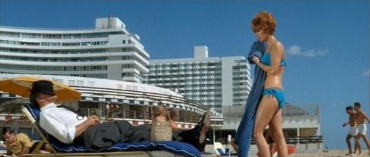 <i>Goldfinger</i>, filme da série James Bond, com Sean Connery, lançado em 1964. Cena rodada no Hotel Fontainebleau, em Miami Beach<br />Foto divulgação